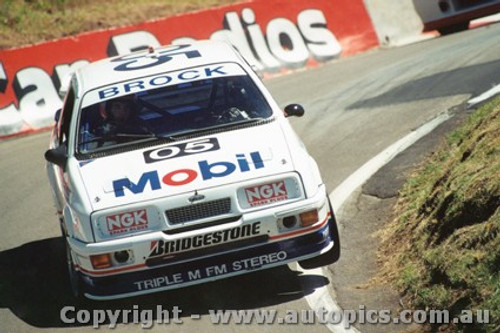 89706  -  P. Brock / A. Rouse    Bathurst 1989  Ford Sierra RS500