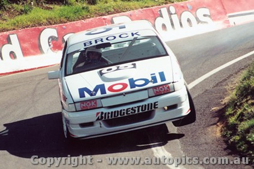 91708  -  P. Brock / A. Miedecke    Bathurst 1991  Holden Commodore VN
