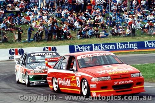 93702  -  M. Skaife / J. Richards    Bathurst 1993  2nd Outright  Holden Commodore VP