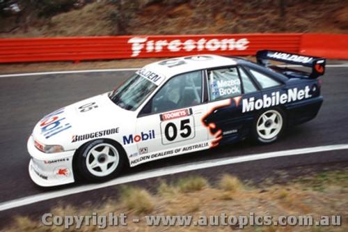 94708  -  Brock / Mezera    Bathurst 1994  Holden Commodore VP
