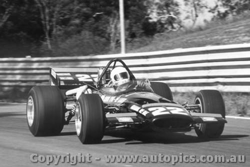 71604  -  Graham McRae  McLaren M10B Chev-Bartz   Tasman Series 1971  Warwick Farm