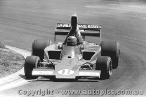 75609  -  K. Smith - Lola T332  -  Tasman Series 1975 - Oran Park