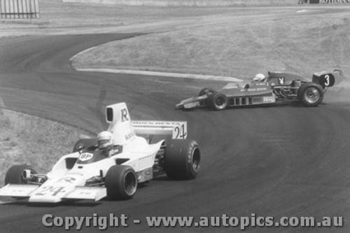 79613  -  J. Davison - Bartlett losing it behind  -  Tasman Series 1979- Oran Park