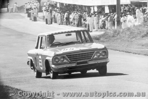 67710 - Weldon / Hall -  64 Studebaker - Bathurst 1967