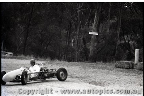 Hepburn Springs - All images from 1960 - Photographer Peter D'Abbs - Code HS60-1