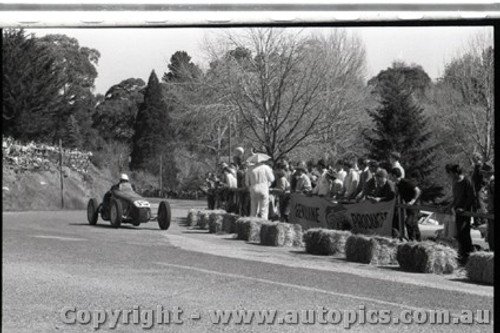 Hepburn Springs - All images from 1960 - Photographer Peter D'Abbs - Code HS60-117
