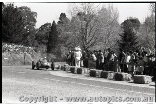 Hepburn Springs - All images from 1960 - Photographer Peter D'Abbs - Code HS60-120