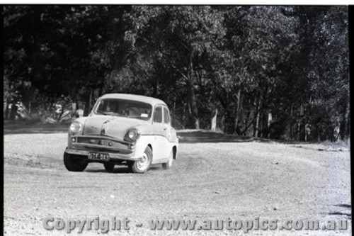 Hepburn Springs - All images from 1960 - Photographer Peter D'Abbs - Code HS60-124
