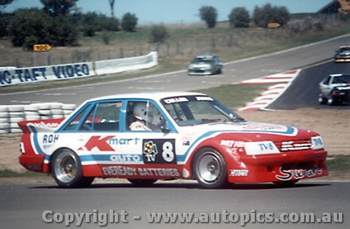 84722 - Cullan / Jones  Bathurst 1984 Holden Commodore VK