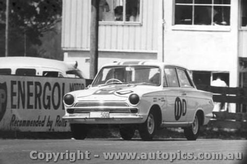 65703 - Seton / Bosworth Ford Cortina GT 500 1st Outright Bathurst 1965