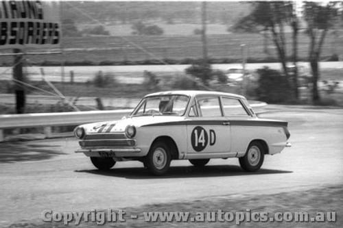 65705 - Jane / Reynolds Ford Cortina GT 500  DNF  Bathurst 1965