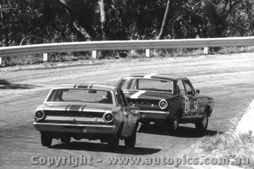 67720  -Jane / Martin and  Savva / Wilkinson  -  Ford Falcon XR GT  Bathurst  1967