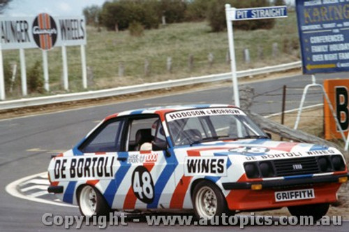 76735  -  Hodgson / Morrow  -  Bathurst 1976 - Escort RS2000