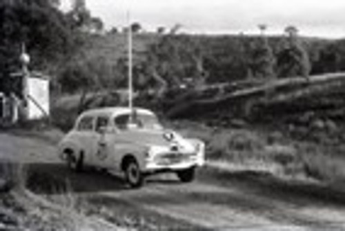 Rob Roy HillClimb 1959 - Photographer Peter D'Abbs - Code 599131