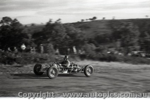 Rob Roy HillClimb 1959 - Photographer Peter D'Abbs - Code 599135