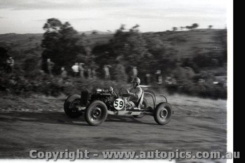 Rob Roy HillClimb 1959 - Photographer Peter D'Abbs - Code 599136