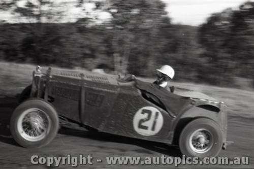Rob Roy HillClimb 1959 - Photographer Peter D'Abbs - Code 599139