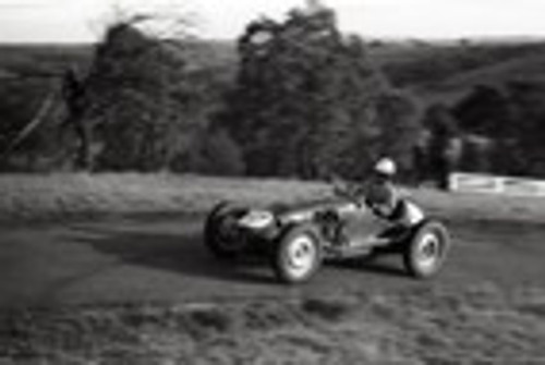 Rob Roy HillClimb 1959 - Photographer Peter D'Abbs - Code 599140