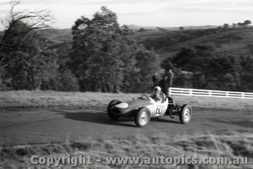 Rob Roy HillClimb 1959 - Photographer Peter D'Abbs - Code 599141