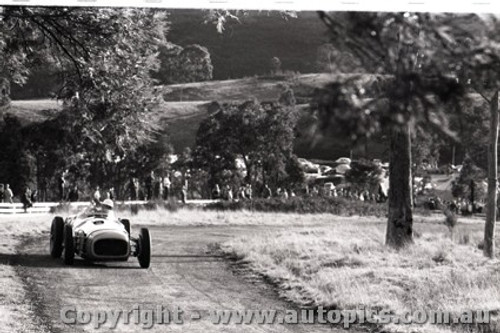 Rob Roy HillClimb 1959 - Photographer Peter D'Abbs - Code 599149