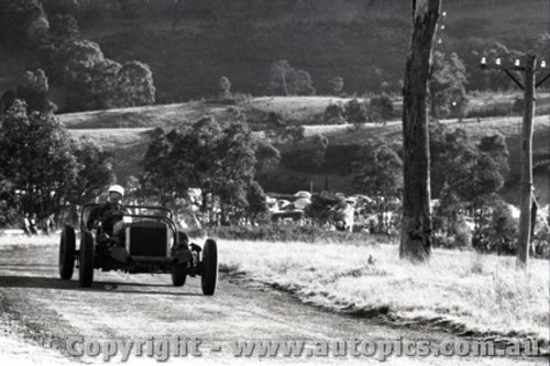 Rob Roy HillClimb 1959 - Photographer Peter D'Abbs - Code 599158