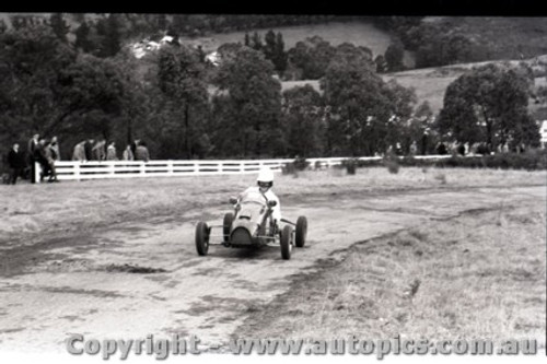 Rob Roy HillClimb 1959 - Photographer Peter D'Abbs - Code 599167