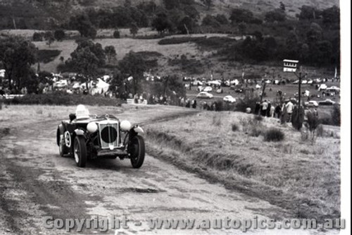 Rob Roy HillClimb 1959 - Photographer Peter D'Abbs - Code 599173