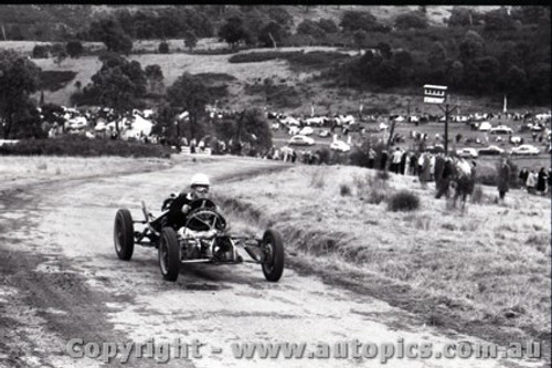 Rob Roy HillClimb 1959 - Photographer Peter D'Abbs - Code 599176