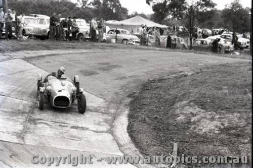 Templestowe HillClimb 1959 - Photographer Peter D'Abbs - Code 599233