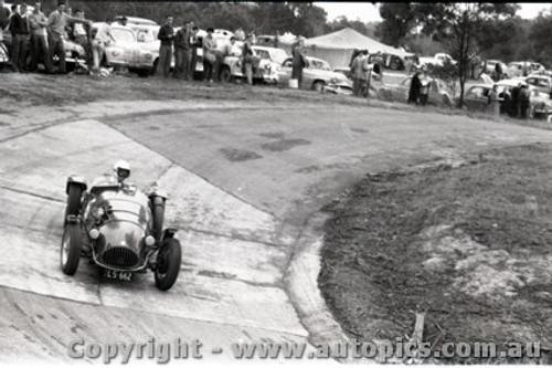 Templestowe HillClimb 1959 - Photographer Peter D'Abbs - Code 599235