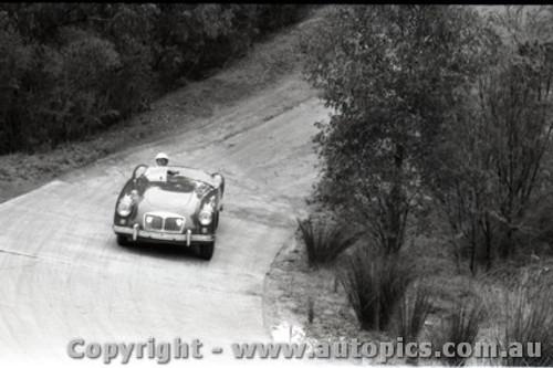 Templestowe HillClimb 1959 - Photographer Peter D'Abbs - Code 599236
