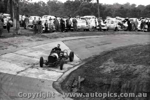Templestowe HillClimb 1959 - Photographer Peter D'Abbs - Code 599284