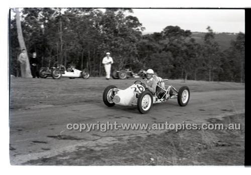 Templestowe HillClimb 7th September 1958 - Photographer Peter D'Abbs - Code 58-T7958-007