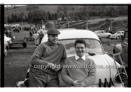 Templestowe HillClimb 7th September 1958 - Photographer Peter D'Abbs - Code 58-T7958-014