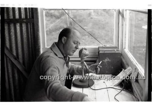 Templestowe HillClimb 7th September 1958 - Photographer Peter D'Abbs - Code 58-T7958-020