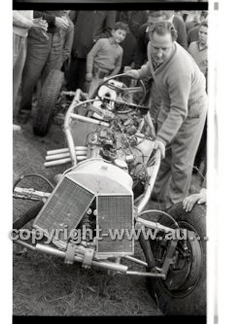 Templestowe HillClimb 7th September 1958 - Photographer Peter D'Abbs - Code 58-T7958-021