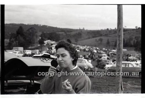 Templestowe HillClimb 7th September 1958 - Photographer Peter D'Abbs - Code 58-T7958-026