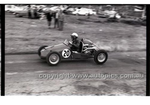 Templestowe HillClimb 7th September 1958 - Photographer Peter D'Abbs - Code 58-T7958-028