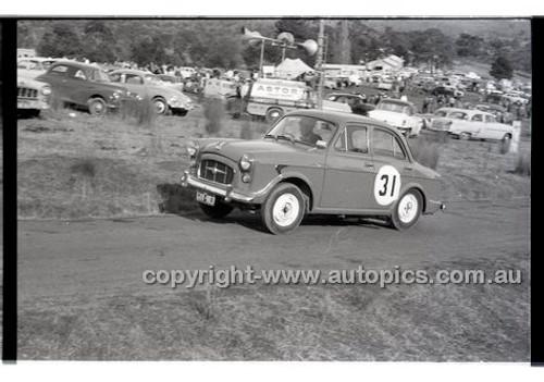 Templestowe HillClimb 7th September 1958 - Photographer Peter D'Abbs - Code 58-T7958-035