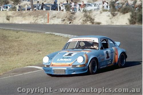 76402 - Ian  Pete  Geoghegan - Porsche - Amaroo Park 1976
