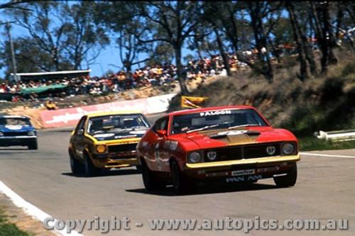 75735 - Allan Moffat - Ford Falcon - Bathurst 1975