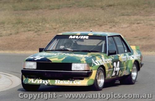 81007 - Muir - Ford Falcon - Oran Park 1981