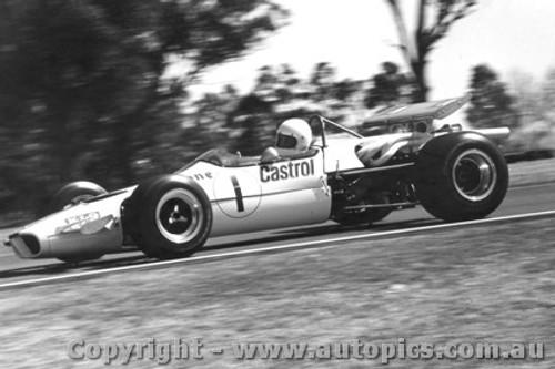 70529 - Leo Geoghegan  Lotus 59 - Warwick Farm 1970 - Photographer David Blanch