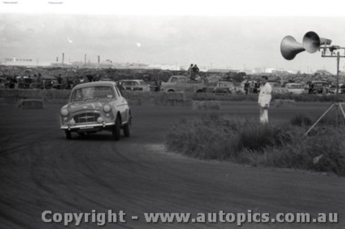 All of 1958 Fishermans Bend - Photographer Peter D'Abbs - Code FB1958-247