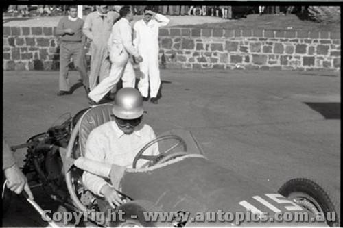 Geelong Sprints 23rd August 1959 -  Photographer Peter D'Abbs - Code G23859-16