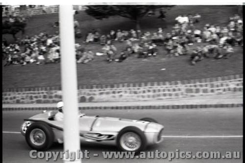 Geelong Sprints 23rd August 1959 -  Photographer Peter D'Abbs - Code G23859-37