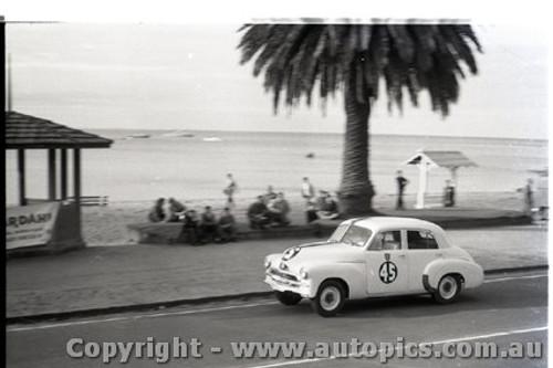 Geelong Sprints 23rd August 1959 -  Photographer Peter D'Abbs - Code G23859-41