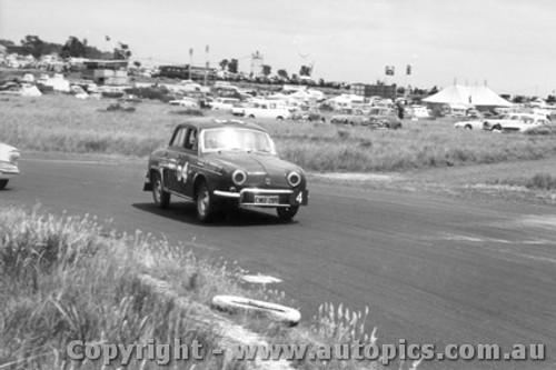 61707 - March / Beechey Renault GordiArmstrong 500 Phillip Island 1961