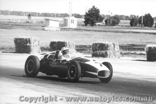 61502 - A. Glass Cooper Maserati - Ballarat Air Strip 1961
