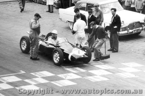 58504 - Stirling Moss - Cooper - Albert Park 1958